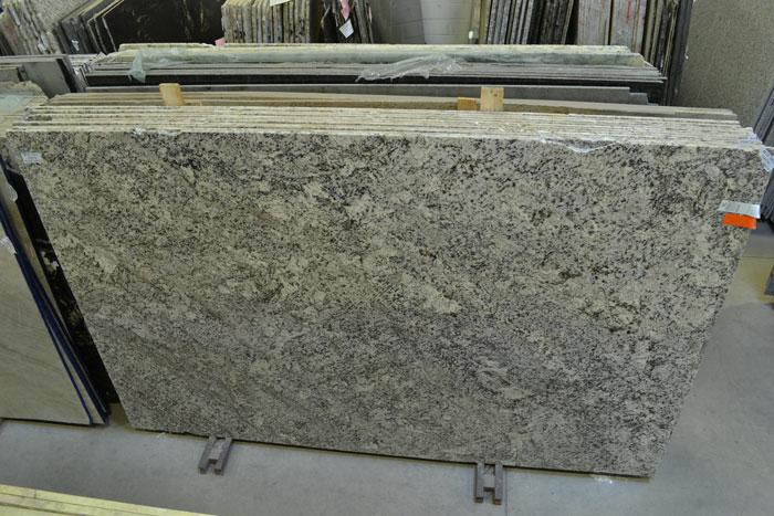 Blue Nile 2cm Pol Granite #160726 (DECO)