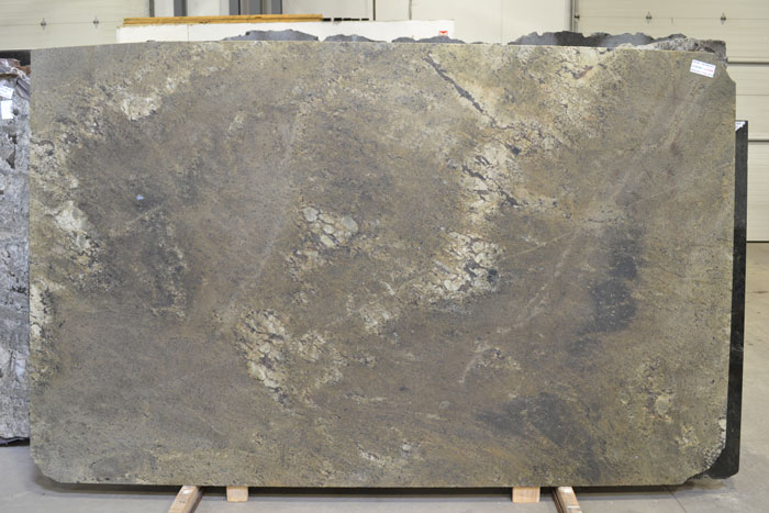 Ibere Mombasa 2cm Leathered Granite #120303-LTHR (PEM)